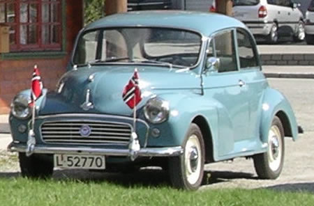 1960 clipper blue Morris Minor Sedan.